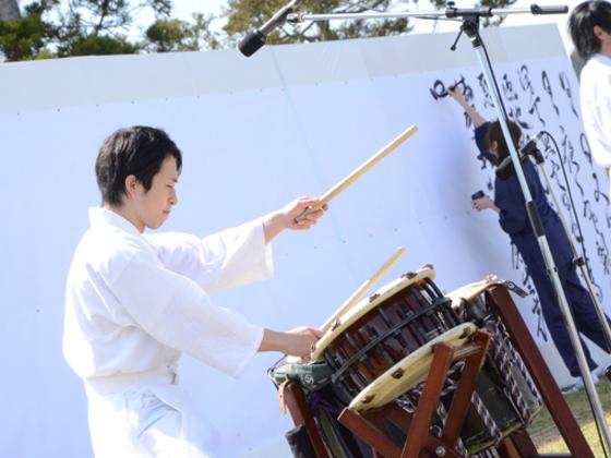 福島の再生への願いと震災で亡くなった方を追悼する神楽を制作!