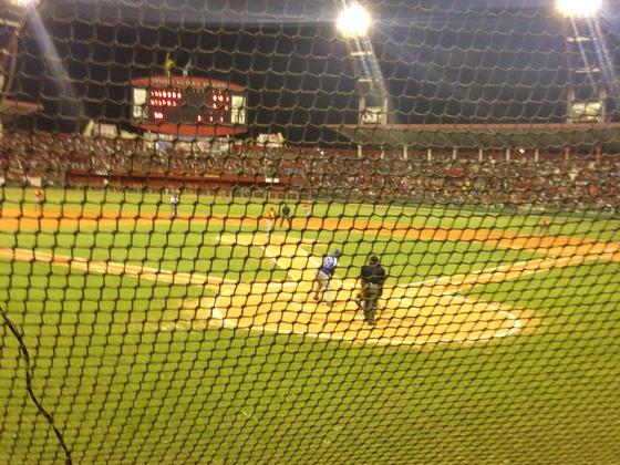 キューバ人野球選手が来日しプロ野球選手になる助けをしたい