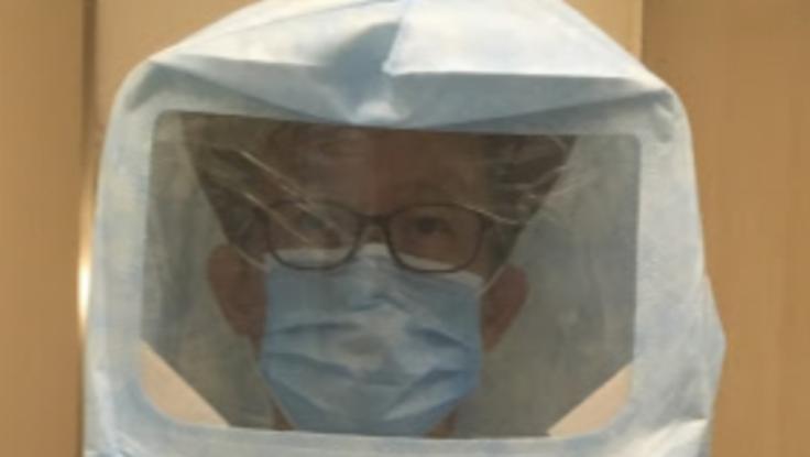 医療従事者を守るための簡易フードマスクの開発