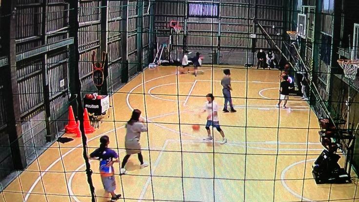 コロナ過の中、子供達に気軽にバスケットボールが出来る場所を!!