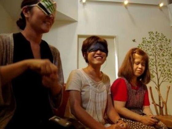 アイマスクを制作し、目が見えなくても映画を楽しめる体験を!