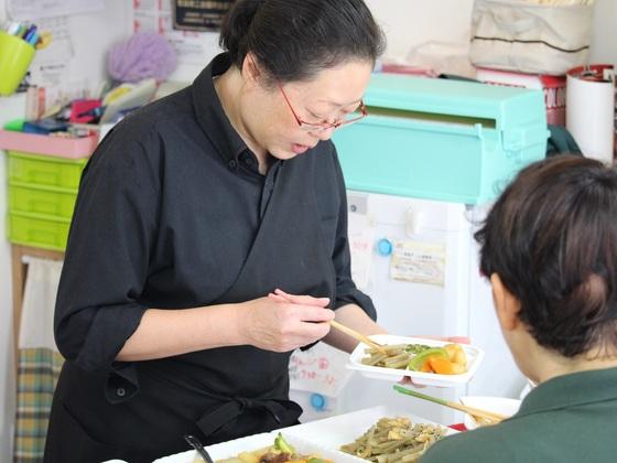 ストップ孤食!地域のお年寄りに元気が出る食事を提供したい!
