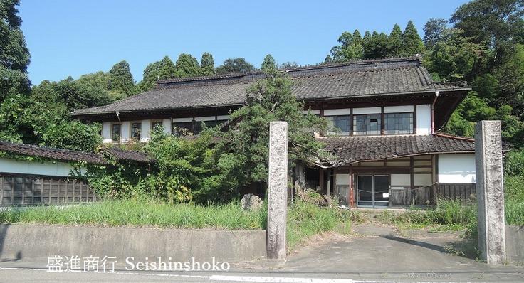 富山 超デカい巨木梁の吹き抜け天井を後世に残したい