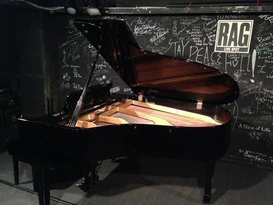 ライブハウスLive Spot RAGのピアノ買い替えプロジェクト