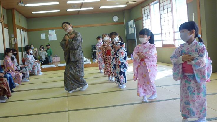 こどもの為の日本舞踊教室~こども食堂に来る子に体験させたい