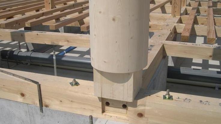 伝統建築の耐震技法を継承して建物の安全と脱炭素化に寄与する特許製品