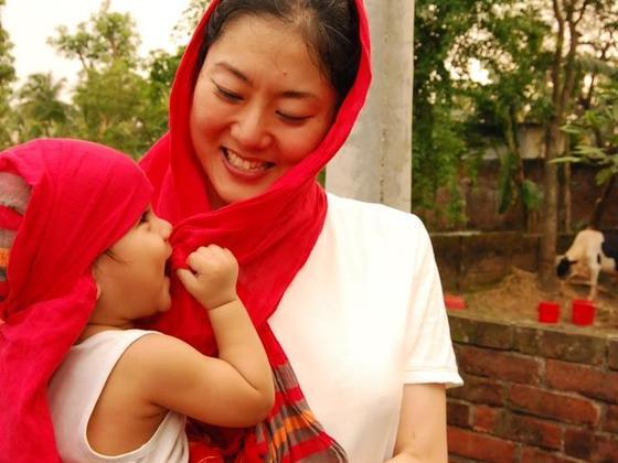 バングラデシュ伝統刺繍の現地販売で縫子さんを応援したい!