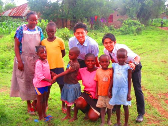水道のない家に住む学生2人がルオ族の村に水道を届けます!!