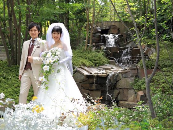 結婚式をあきらめないで!ウエディングドレスを着てもらいたい!