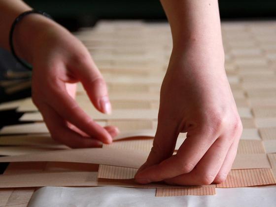 秋田から日本ブランドを発信する!伝統技術「網代編み」の挑戦。