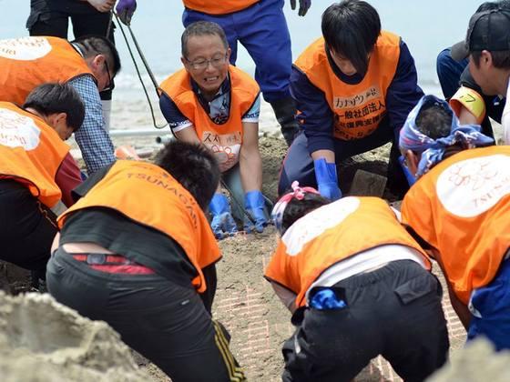 被災した南三陸町長須賀ビーチを復活させ、子供達に裸足で思いっきり遊んでもらいたい!