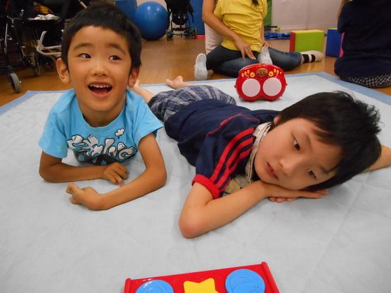 障害の重い子ども達がのびのび温かく過ごせる床暖房を設置したい