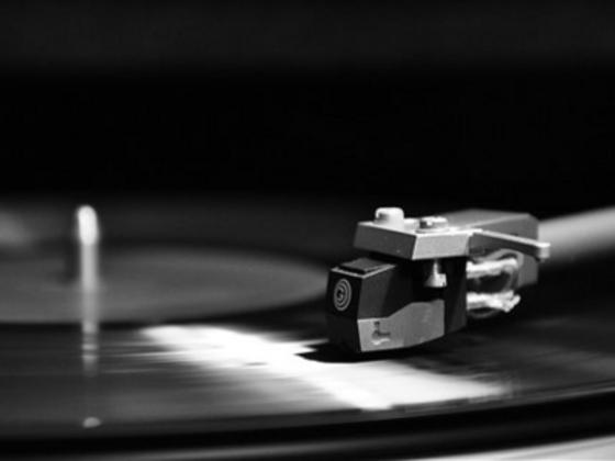 古典音楽を無償公開するデジタルアーカイブを充実させたい!