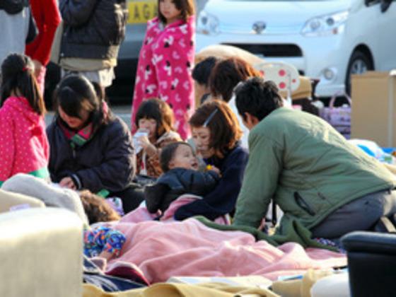 熊本の避難所支援!大きなコンテナのお風呂と癒しを届けます!
