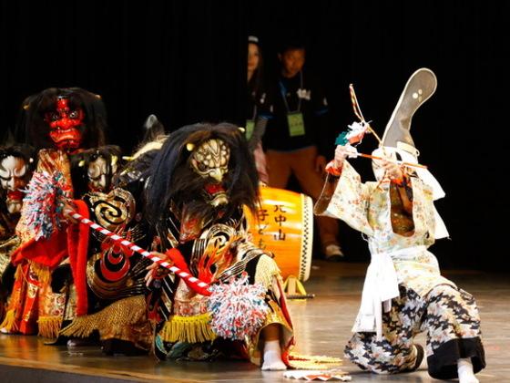 山口県の北中山子ども神楽を、17万人集まる名古屋のステージへ!