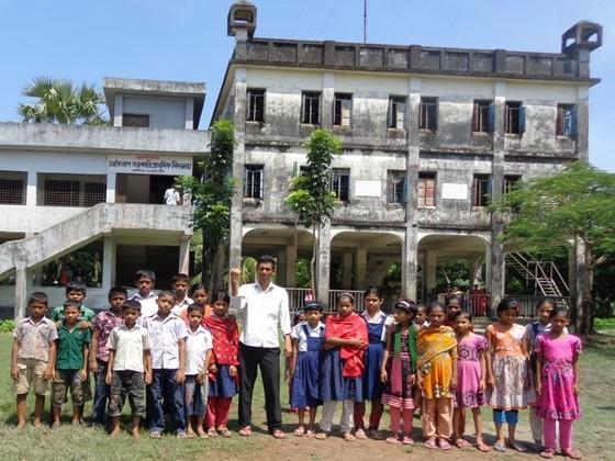 バングラデシュの避難所にラジオを贈り情報格差をなくしたい!