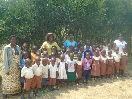 紛争被害の30人の子どもに教育機会を!笑顔の輪をルワンダへ!!