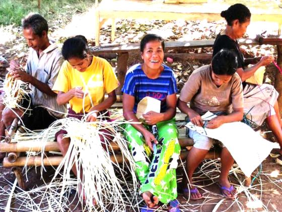 貧困からの脱却を目指して――。インドネシアの女性たちの挑戦。