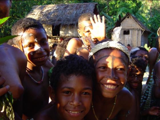 パプアニューギニア~世界の水銀被害にある過酷な青少年を救う!