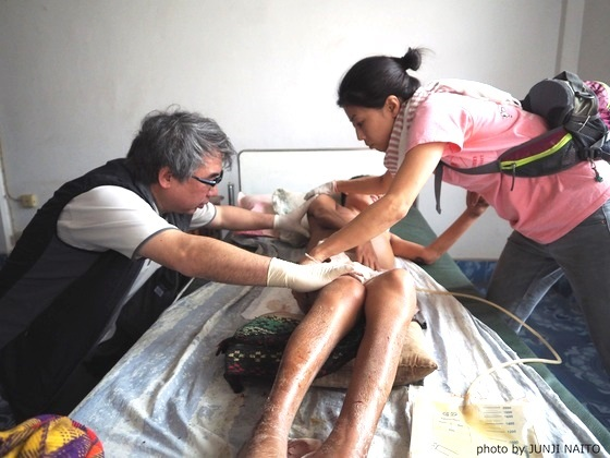 10万人が待つラオスの貧しい村へドクターカーで医療を届けたい!