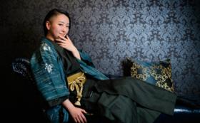 【日本国内向け】トークイベント+写真集へサイン&似顔絵コース