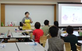 【出張講座】シニアメイクセラピー体験講座