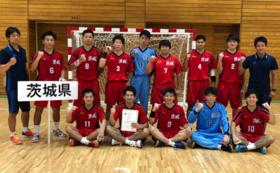国体会場で配布するシャツに、茨城県成年男子チーム全員のサインを入れてお届けします。