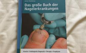 Das große Buch der Nagelerkrankungen 日本語版