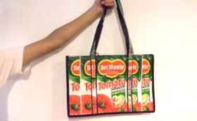 【グッズで応援】リサイクルのトマトジュースパックのトートバッグつき