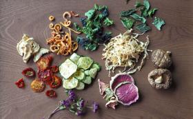 <飲食>とあさ村産の乾燥野菜&ドライハーブ
