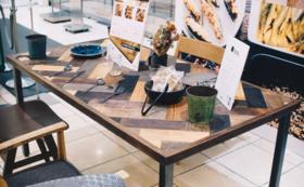 TENオリジナル家具のダイニングテーブル