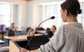【企業・団体様向け】講演会で「慢性疲労症候群」をテーマにお話いたします。