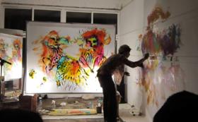 【ご来場の方限定】あなたの手形画、描かせていただきます+絵本『色を歩く』