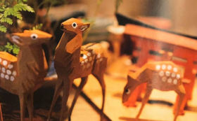 【うっかり出演・横井涼也プレゼンツ】宮島でしか買えない鹿の木彫り