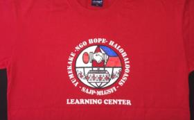 NGOのチームTシャツ