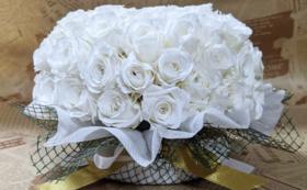 バラのプリザーブドフラワーケーキ/ピュアホワイト