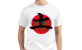 アダマ・ファーム ロゴ入りのオーガニック綿Tシャツ