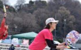 ビーチテニスプレーヤー世界ランカーの岡崎宏美さんの「ビーチテニス体験会」