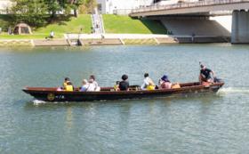 乙川を体験!「岡崎城下舟あそび」で水上散歩ペアチケットコース