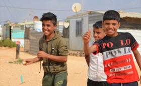 ★50,000円支援コース:ご支援の多くがシリア難民キャンプの授業運営に使われます