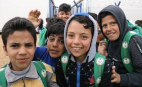 ★500,000円支援コース:ご支援の多くがシリア難民キャンプの授業運営に使われます