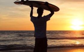 1日サーフィンガイドコース(2名様まで)