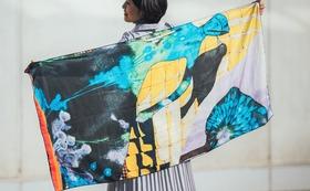 早得5名様!02・絵画のストール・青い女の物語とりんごの木の布マスクセット