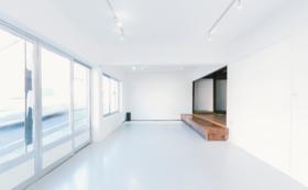 1階ギャラリースペース2週間使用権+展示プロデュースパック