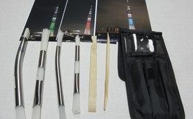 ストレートハンドブラシ・スカイツリー写真3枚(2L)ブラシ4本、スクレッパー2本、ケース