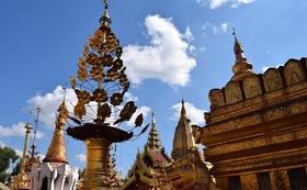 お礼のメールとミャンマーの写真2枚