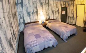飛騨高山「 インターナショナル旅籠 力車イン 」全室共通宿泊「 20,000円券 」 + 「 やっとるよトートバック 」