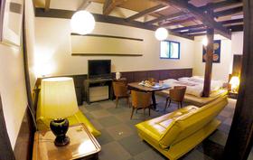 飛騨高山「 インターナショナル旅籠 力車イン 」全室共通宿泊「 30,000円券 」+「 やっとるよトートバック 」