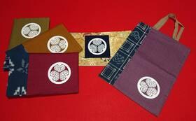 地元 作州絣で織り上げた泰安寺オリジナルグッズをプレゼント