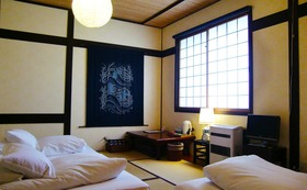 飛騨高山「 インターナショナル旅籠 力車イン 」全室共通宿泊「 15,000円券 」 + 「 やっとるよトートバック 」
